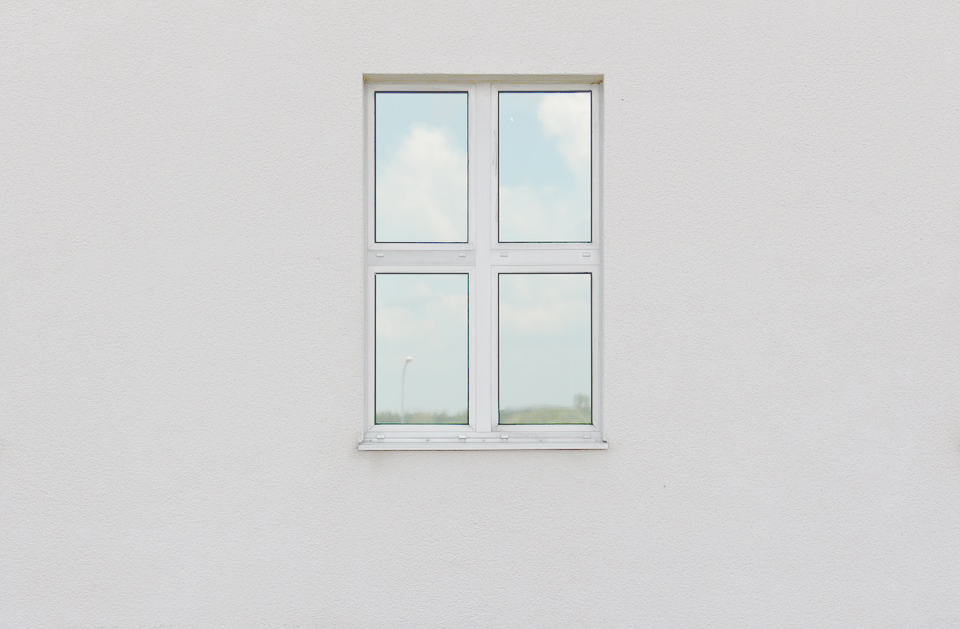window-818314_960_720