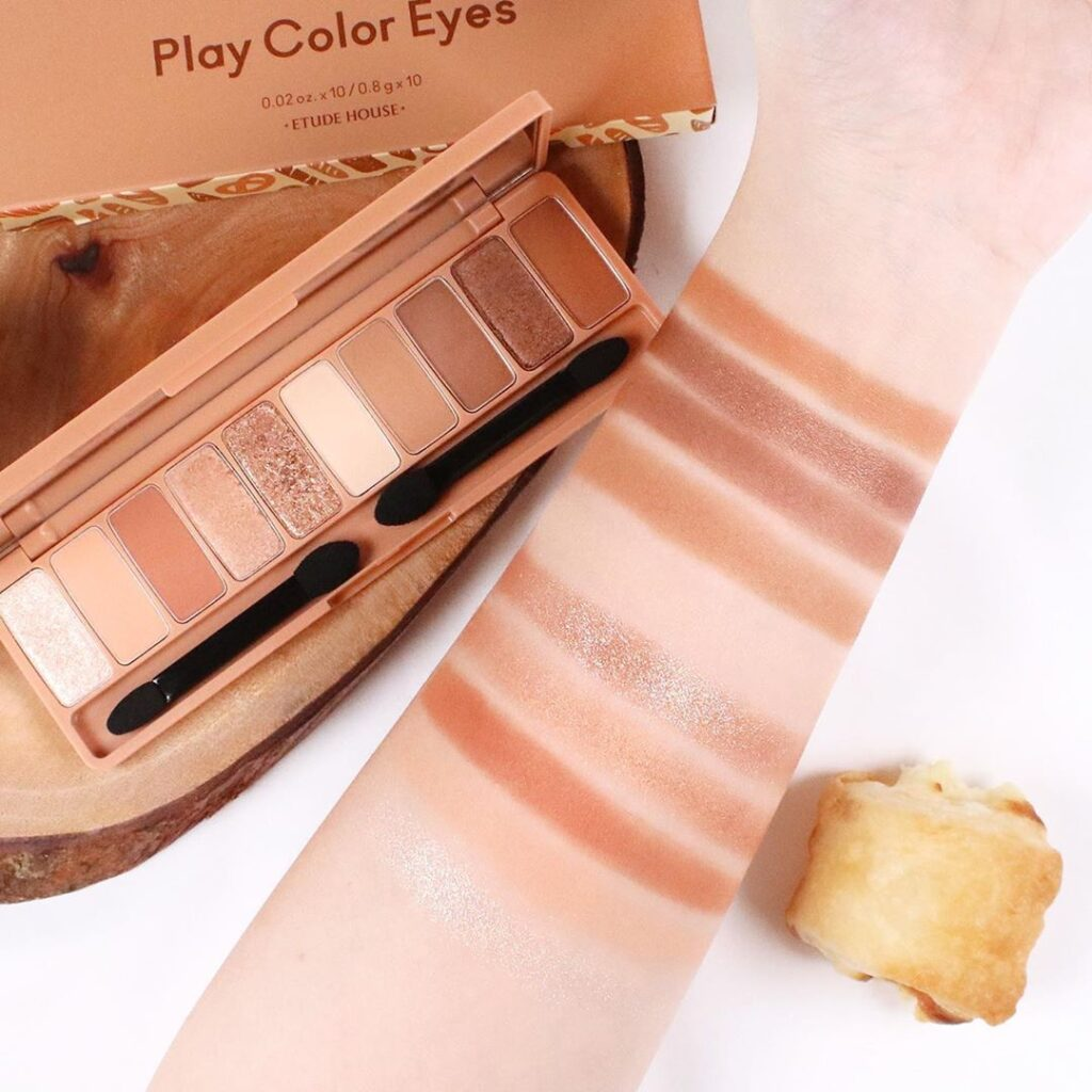 Etude House Play Color Eyes #Bakehouse swatch